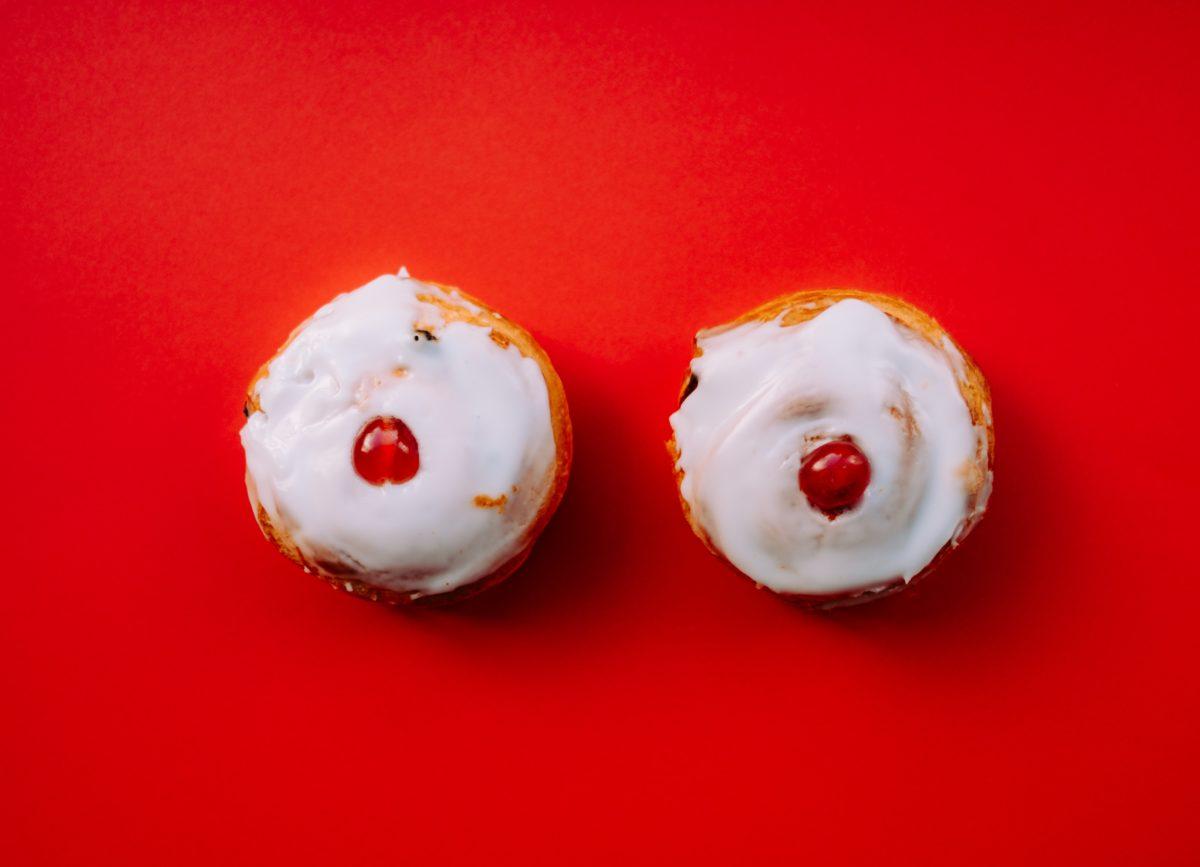 Προσθετική μαστού: Ποιά τομή είναι η καλύτερη για την αύξηση στήθους με σιλικόνη?